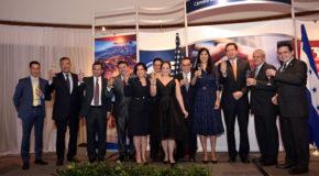 Cena de gala por celebración de 35 aniversario AmCham Honduras